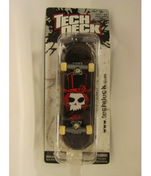 Фингерборд TechDeck Checklane 99821 ZERO череп с кепкой